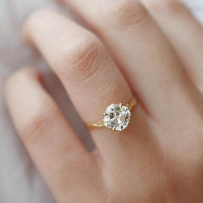 Which Diamonds Are the Best for Wedding Rings?